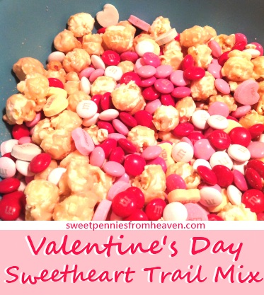 valentines day trail mix - Valentine Snacks For School