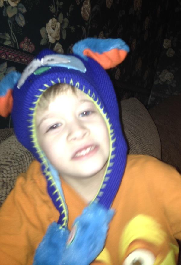 Eli with Flipeez Hat 2