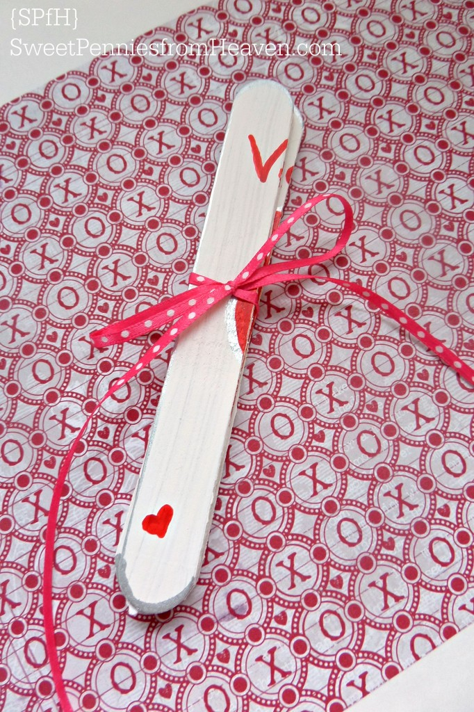 Popsicle Stick Puzzle for Valentine's Day Craft