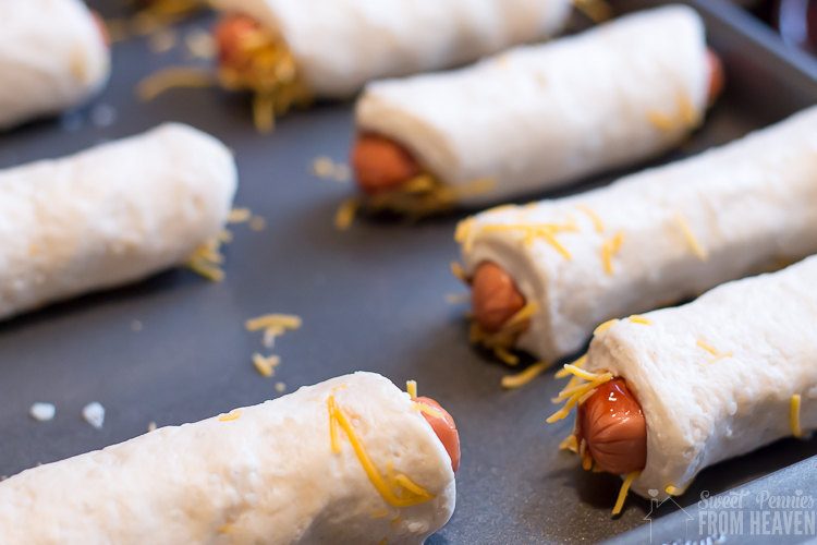 Easy Cheesy BBQ Pigs in a Blanket recipe!