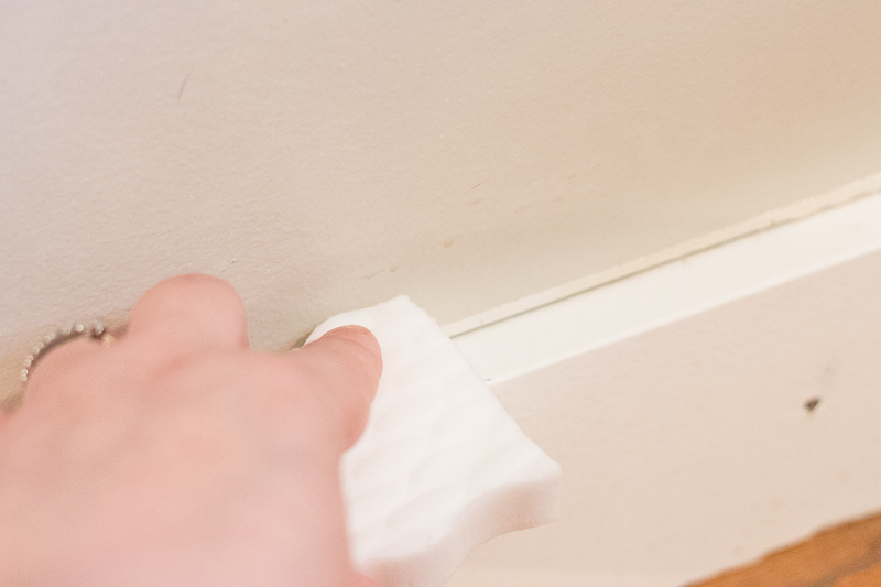 how to clean painted walls with Mr. Clean Magic Eraser! No need to repaint!