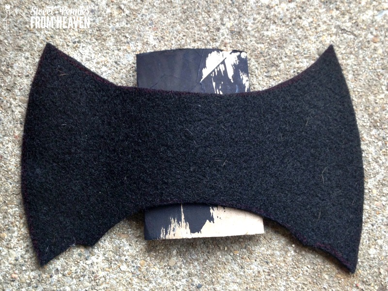 bat-toilet-paper-roll-craft-back