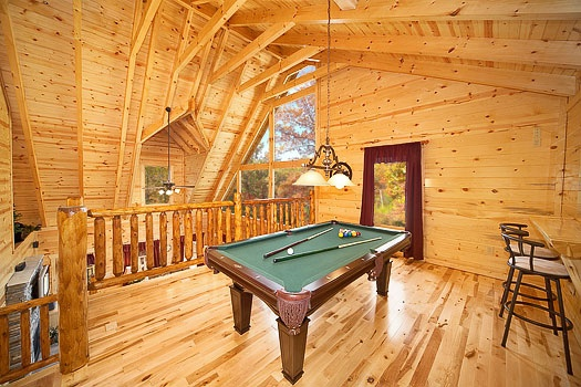 big-bear-falls-lofted-game-room-600x400
